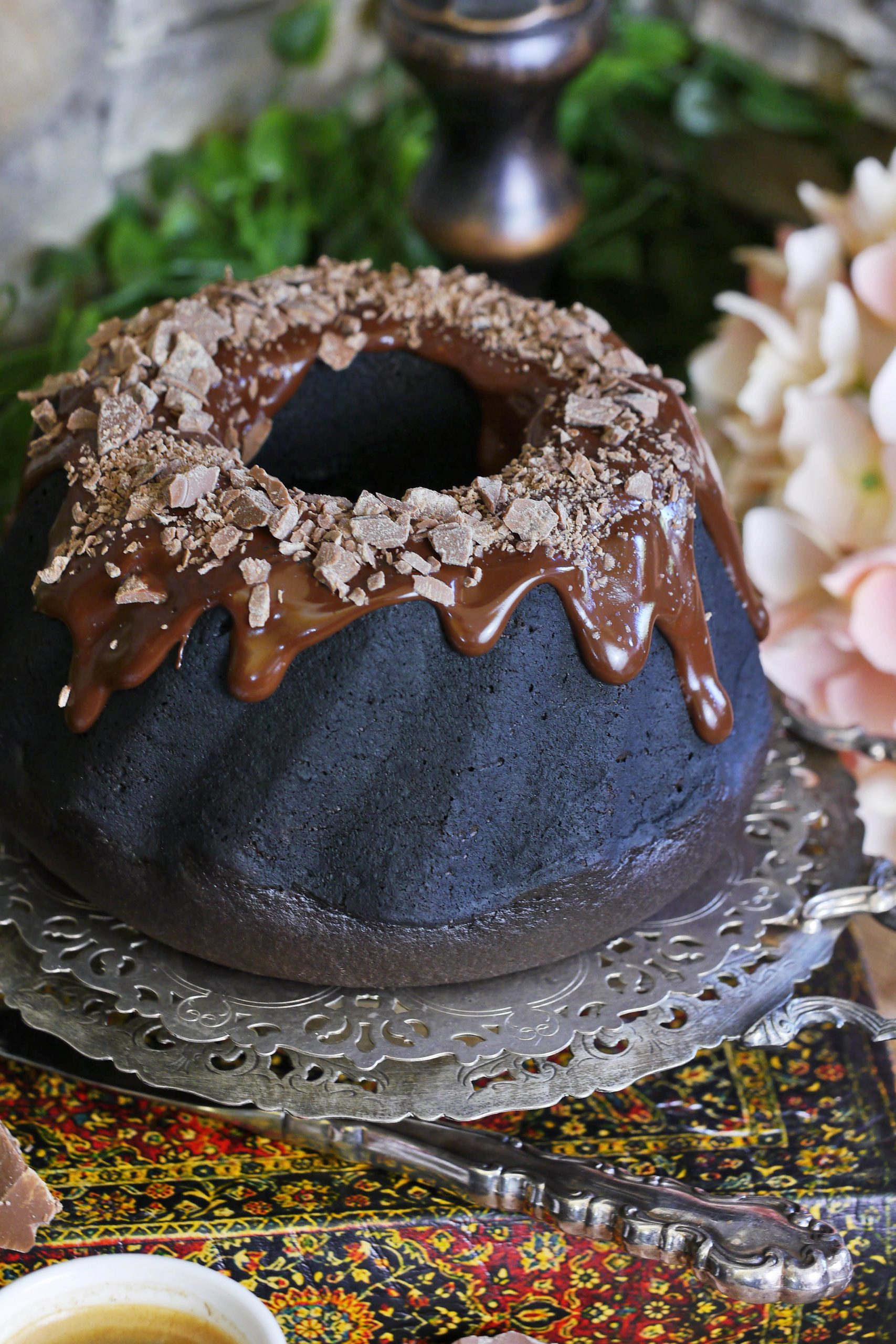 Chocolate Bundt cake with black cocoa powder
